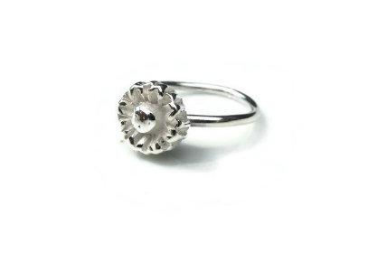 Fine Silver Daisy Ring